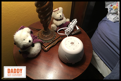 AuCuTee White Noise Machine Product Review - http://DaddyGotCustody.com